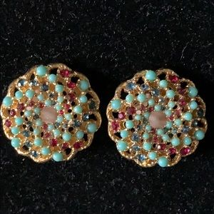 Sarah Coventry crystal/foe turquoise clipearrings